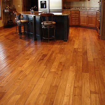 Levigatura e verniciatura pavimenti in legno esistenti 2