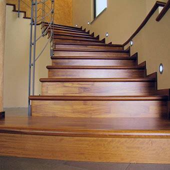 Scale e mobili in legno 2