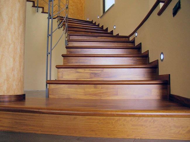 Scale e mobili in legno pavimenti zanon posa di - Immagini scale in legno ...