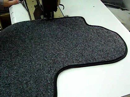 Bordatura tappeti personalizzati