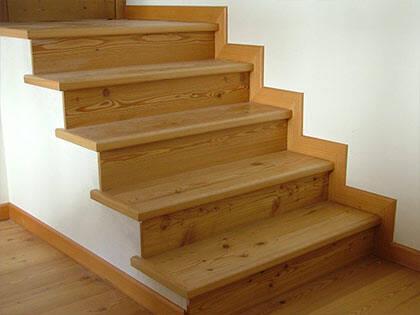 Scale e mobili in legno